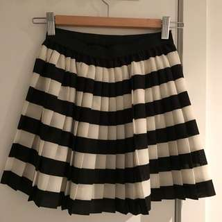 Women Pleated Skirt