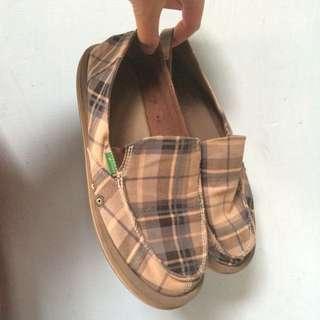 咖啡色格紋懶人鞋
