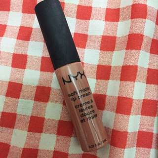 NYX soft matte lip cream - SMLC02 - Stockholm