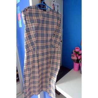 Dress Motif Burberry
