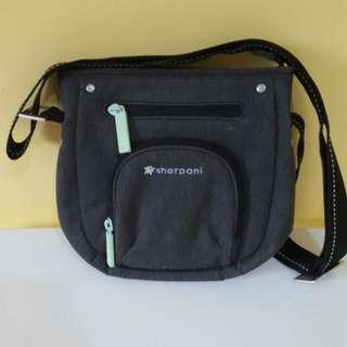 Sherpani Cross Body/shoulder Bag