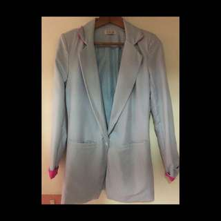 水藍西裝外套