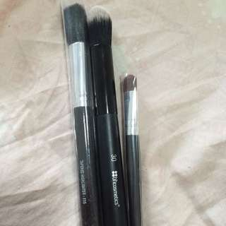 Free Makeup Brushes With Purchase Over 10