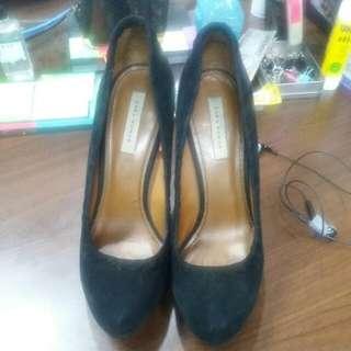 Reprice~~~ Zara Woman Shoe Uk. 40 (IDR 100.000)