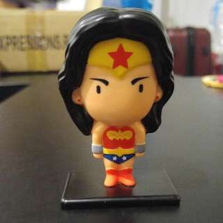 DC: Wonder Woman Mini Statue (Hungry Jacks Edition)