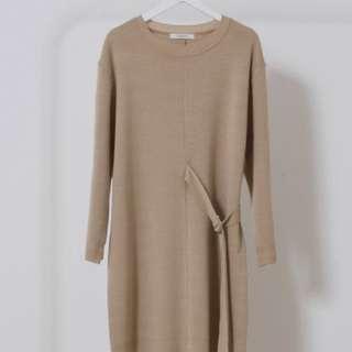 裸色扣環連身針織裙