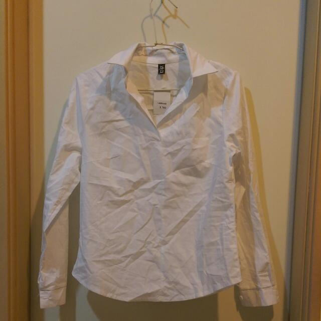 純白基本款襯衫