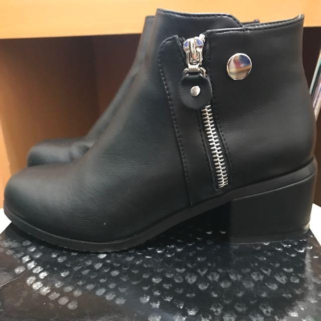 韓 雙拉鍊粗根短靴