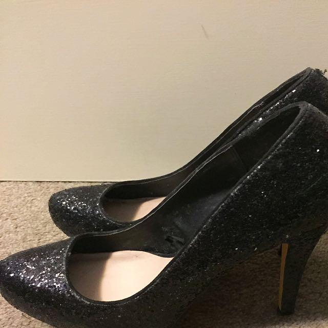 Black Sparkling Heels