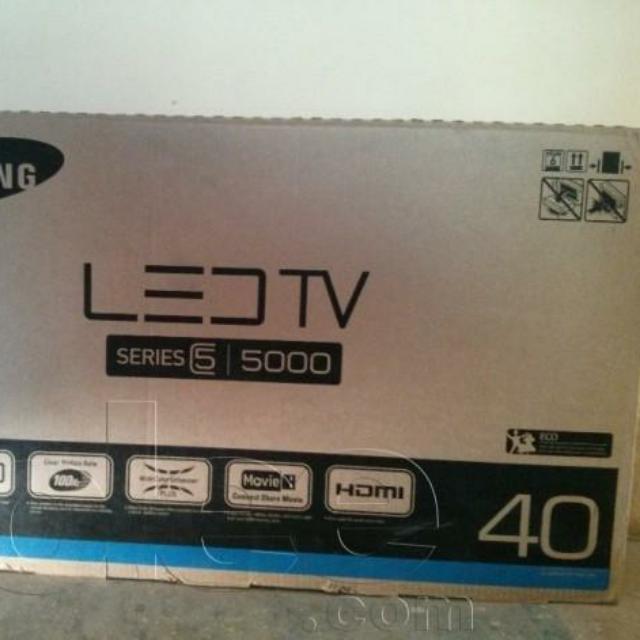 BNIB 40 Inch Samsung LED Series 5 TV