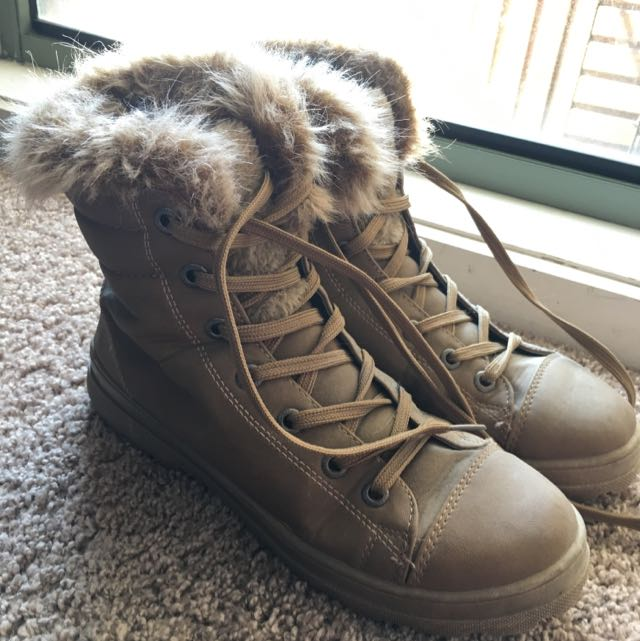 Brown Fluffy Boots