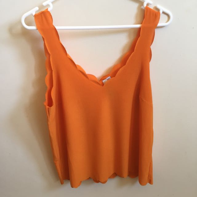 Cotton On Bright Orange Scalloped Low V Top