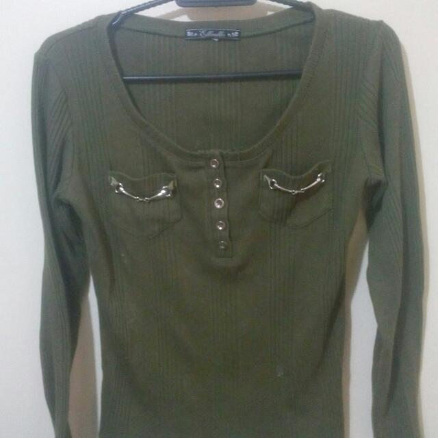 Green Knitted Long Sleeves
