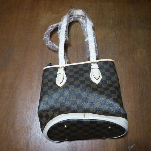 Louis Vuitton Semi Premium
