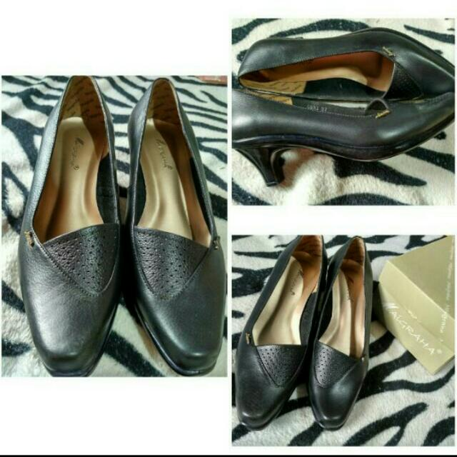 Maigraha Shoes