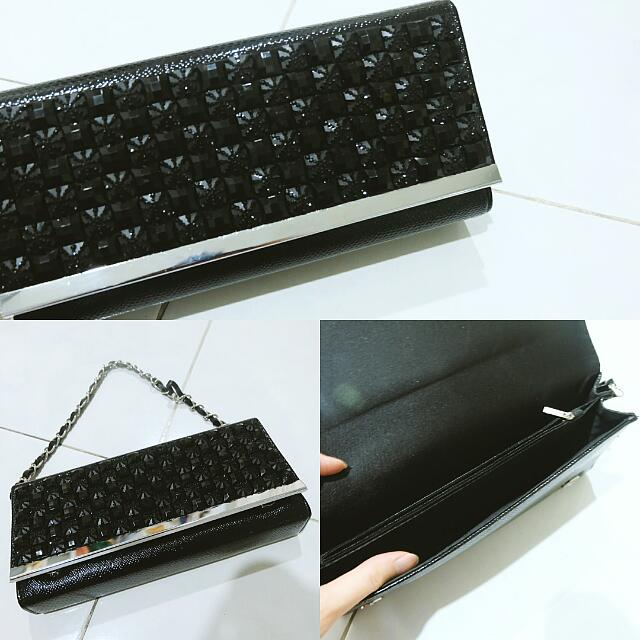 [NEW] Black clutch