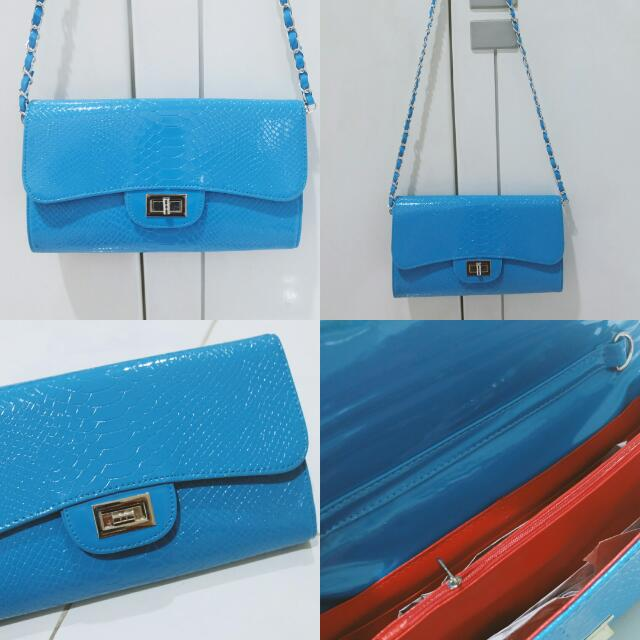 [NEW] Blue clutch