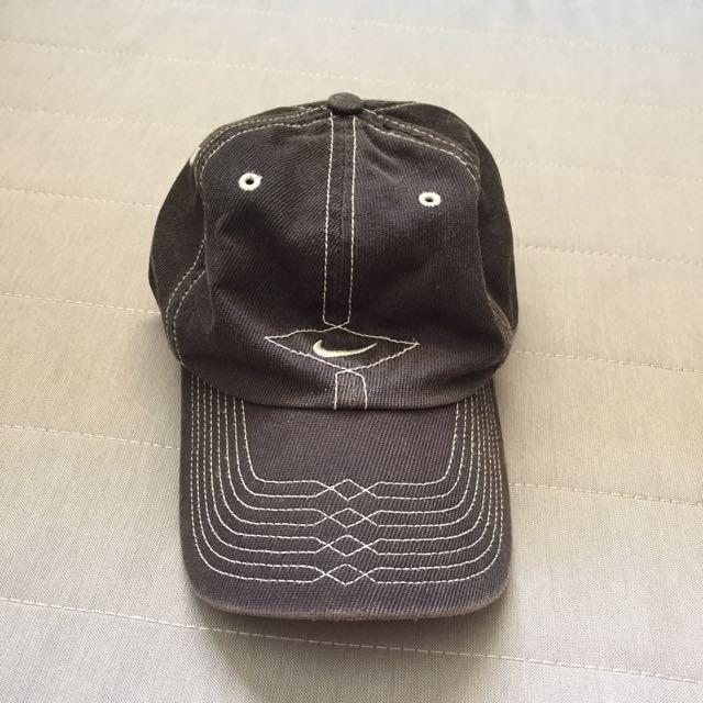 Old Nike Cap 4a2d2a98243