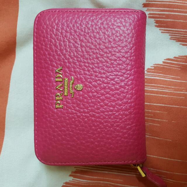 prada wallet (replica)