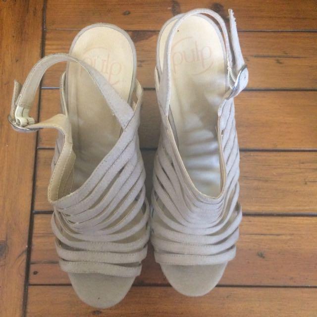 Pulp Wedge Heels