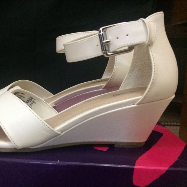REPRICE WEDGES White Shoes