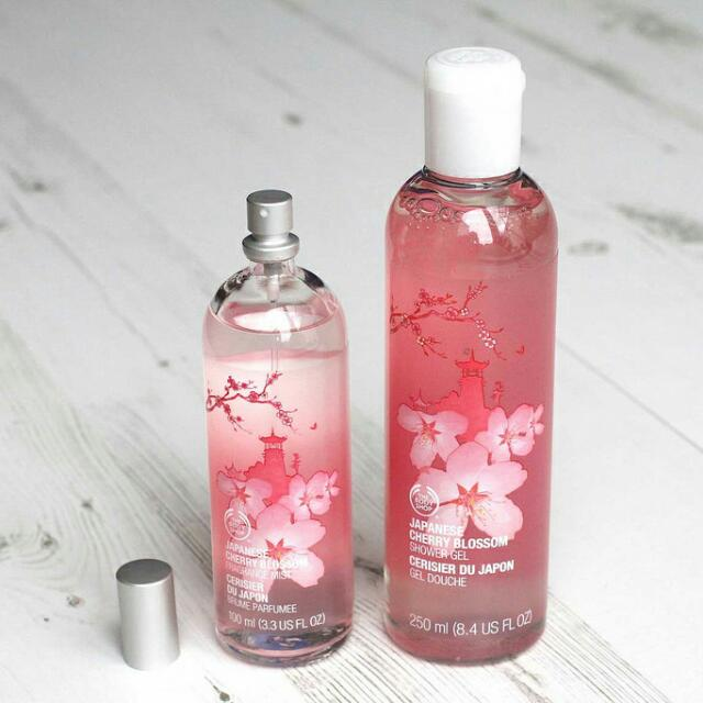 The Bodyshop Japanese Cherry Blossom Shower Gel