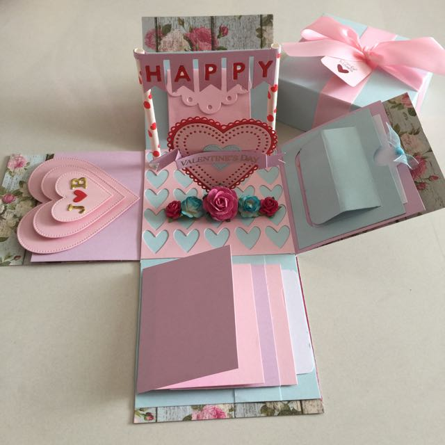 Valentine Explosion Box With 4 Waterfall In Blue Pink Design