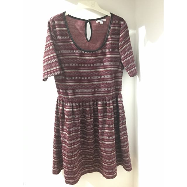 VALLEYGIRL Aztec Tribal Pattern Stripe Dress [Size L / 12 ]