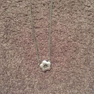 Marc Jacobs Daisy Necklace!