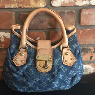 Louis Vuitton Monogram Denim Pleaty