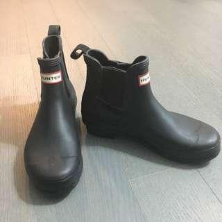 hunter matte black rain boots