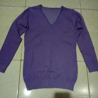 Sweater Ungu