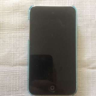8GB Apple iPod Touch (with Camera)