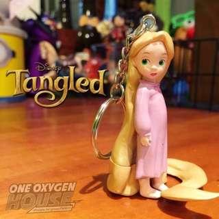🚚 迪士尼 稀有 長髮公主 魔法奇緣 樂佩 小時候 鑰匙圈 吊飾 費林 雷德 王子 公主 公仔 玩具 擺件 鑰匙圈 長髮公主 樂佩 鑰匙圈