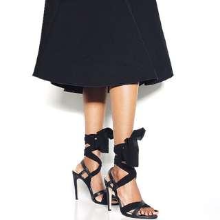Novo San Jose Black Tie-Up Heels Sz 7 Shoes
