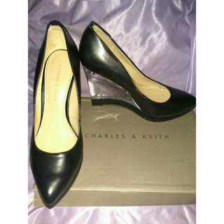 Sale!!!  Wedges Charles And Keith