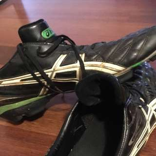 Men's Asics Footy Boots Size Uk 15