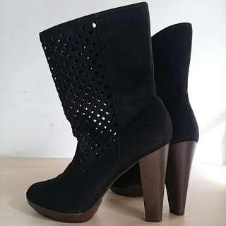 LelaRose Boots (Preloved)