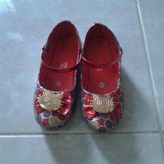Sepatu Kitty Anak