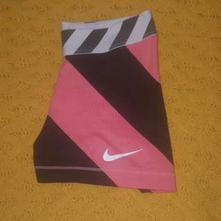 *price dropped* Striped Nike Pro shorts