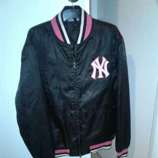 """""""NY Majestic Athletic"""" Black & Pink Starter Jacket -size L"""