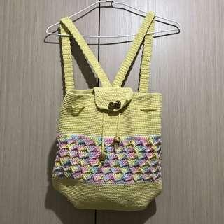 古著/民族風鵝黃色搭配粉嫩色系圖樣線織編織後背包