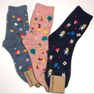 韓國帶回小美人魚 小紅帽 愛麗絲童話系列襪子 學生襪