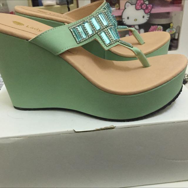 粉綠楔型拖鞋