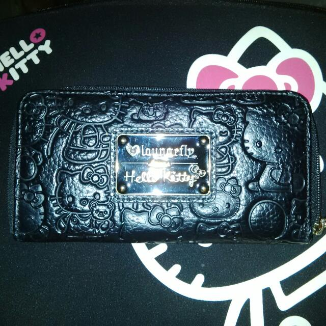 Auth Laungefly Hello Kitty Emboss Wallet