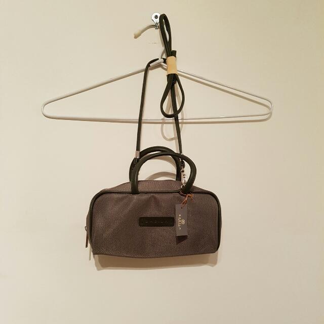 Babila Colletzione Khaki Green Handbag