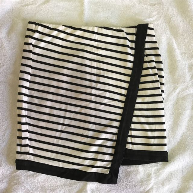 Bardot Black And White Striped Skirt