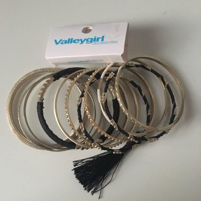 Bracelet / Bangle Set