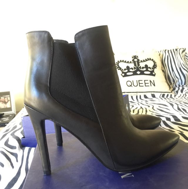 BRAND NEW MARCO GIANNI BOOTS