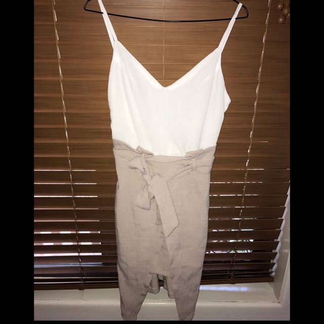Cute Size 8 White And Tan Dress